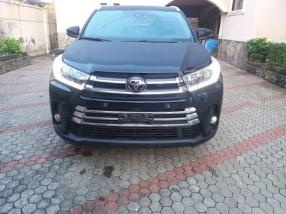 Foreign used Toyota highlander XLE 2018 model