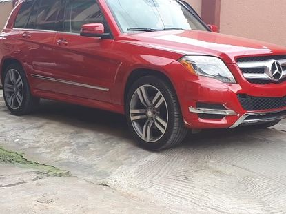 Neat foreign used 2013 Mercedes Benz GLK 350