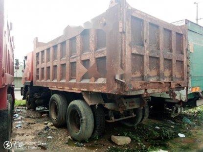 Nigeria Used HOWO 6X4 Dump Truck 2010 Model Red