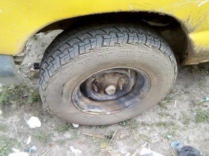 Nigeria Used Ford Econoline 2005 Model Yellow