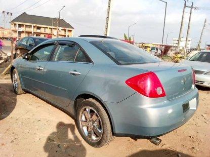 Foreign Used Pontiac Vibe 2007 Model Blue