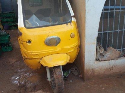 Nigeria Used Bajaj Boxer 2009 Model Yellow