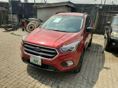 Full Option 2017 Ford Escape Petrol Automatic Tokunbo