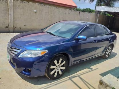 Nigeria Used Toyota Camry 2010 Model Blue for Sale