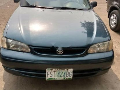 Nigeria Used Toyota Corolla 2000 Model Green