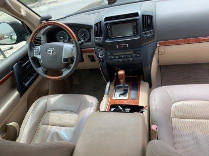 A Very Clean Toyota Land Cruiser 2014 Model Naija Used