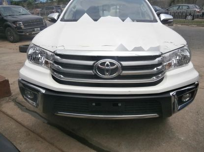 Foreign Used Toyota Hilux 2018 Model White