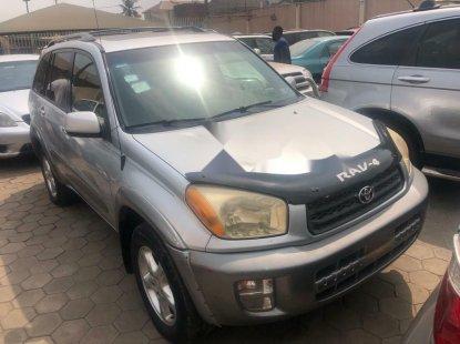 Nigeria Used Toyota RAV4 2004 Model Silver
