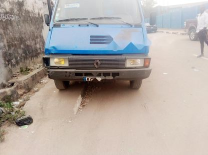 Foreign Used Renault Master 1997 Model Blue
