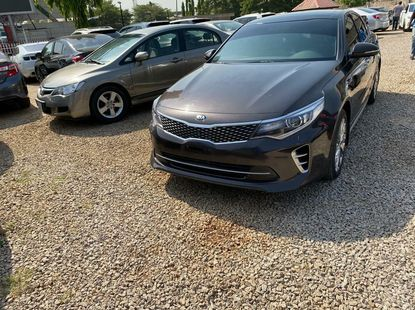 Foreign Used 2017 Brown Kia Optima for sale in Lagos.
