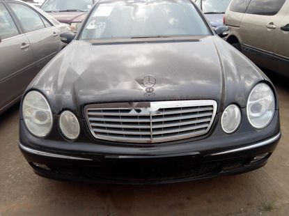 Foreign Used Mercedes-Benz E320 2004 Model Black