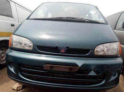 Foreign Used Mitsubishi L400 2005 Model Green