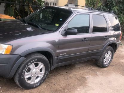 Foreign Used Ford Escape 2002 Model Gray