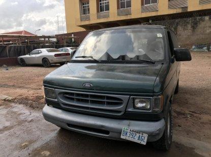 Nigeria Used Ford E-150 2000 Model Gray