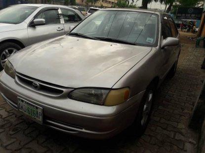 Nigeria Used Toyota Corolla 2000 Model Silver