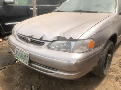 Well Maintained Naija Used Toyota Corolla 2000 Model for sale