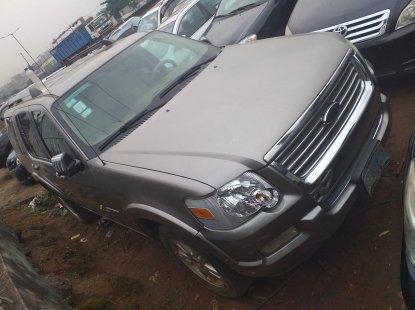 Naija Used 2008 Silver Ford Explorer for sale in Lagos