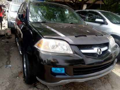 Well kept 2006 Acura MDX suv / crossover automatic at  ₦2,000,000