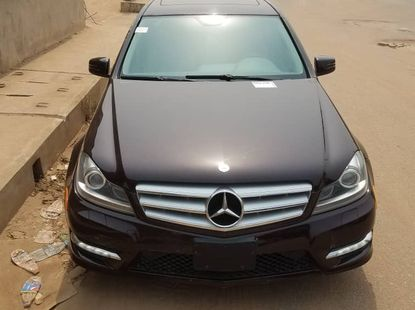 Direct Tokunbo 2012 Mercedes-Benz C300 4Matic Full Option