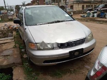 Fairly Used 1998 Honda Odyssey for sale