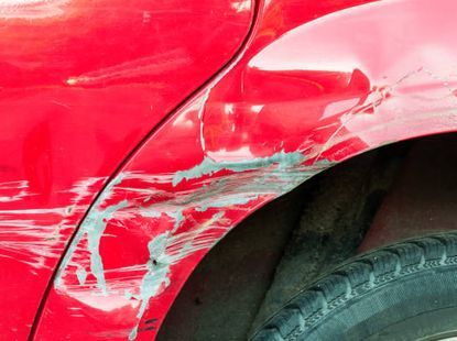 5 things to bear in mind to avoid scratches and dents on cars