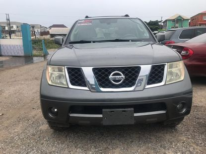 Crystal Clean Foreign Used 2006 Nissan Pathfinder LE