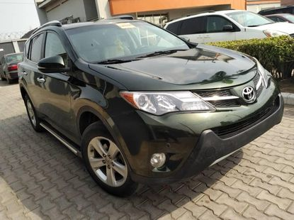 Foreign Used 2013 Black Toyota RAV4 for sale in Lagos.