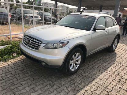 Foreign Used 2004 Silver Infinity FX for sale in Lagos