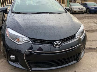 Foreign Used 2015 Black Toyota Corolla for sale in Oyo