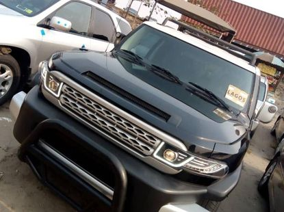 Foreign Used 2008 Black Toyota FJ CRUISER for sale in Lagos.