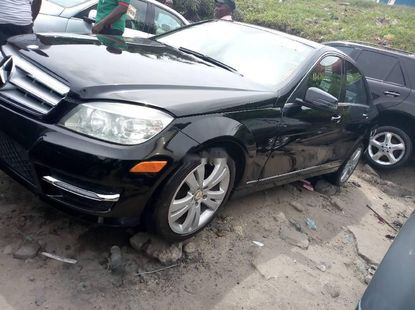 Very Clean Tokunbo 2009 Mercedes-Benz C300 for sale