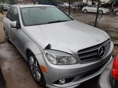 Foreign Used 2009 Silver Mercedes-Benz C300 for sale in Lagos.