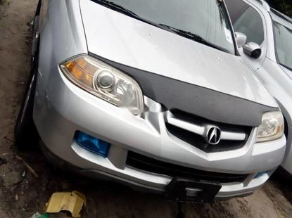 Foreign Used 2006 Silver Acura MDX for sale in Lagos.