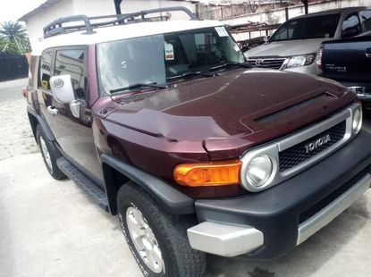 Foreign Used 2008 Maroon Toyota FJ CRUISER for sale in Lagos.
