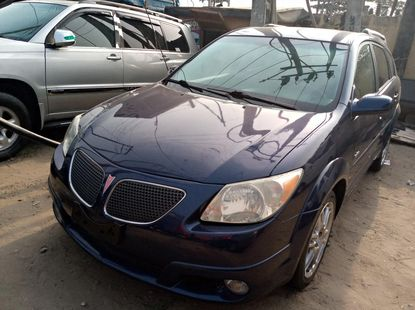 Foreign Used 2004 Blue Pontiac Vibe for sale in Lagos.