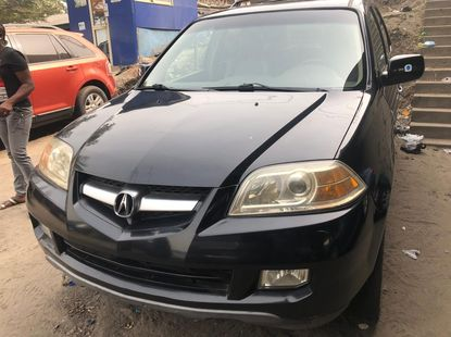 Well MAintained Foreign Used Black Acura MDX 2005 Model