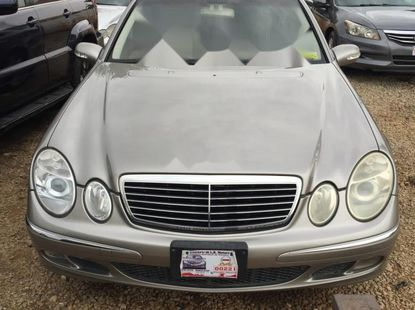 Foreign Used 2005 Gold Mercedes-Benz E350 for sale in Lagos.