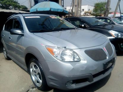 Foreign Used Pontiac Vibe 2006 Model Silver