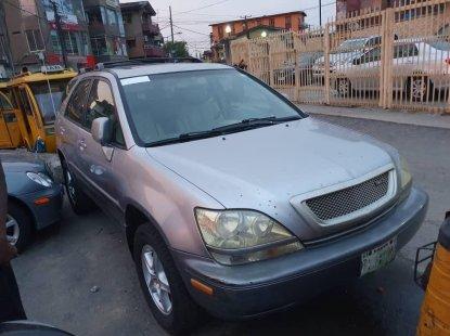 Clean Naija Used 2002 Lexus RX for sale