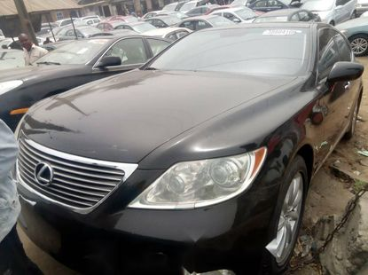 Foreign Used Tokunbo 2008 Lexus LS for sale