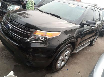 Foreign Used 2015 Black Ford Explorer for sale in Lagos.