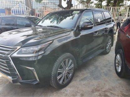 Almost Brand New Tokunbo Lexus LX570 2017 Model