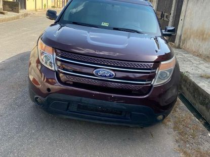 Foreign Used Ford Explorer 2012 Model Red