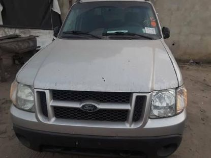 Foreign Used Ford Explorer 2004 Model Silver