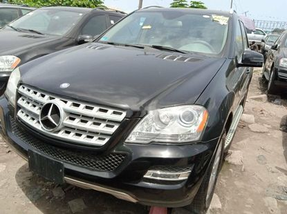 Foreign Used 2011 Black Mercedes-Benz ML350 for sale in Lagos.