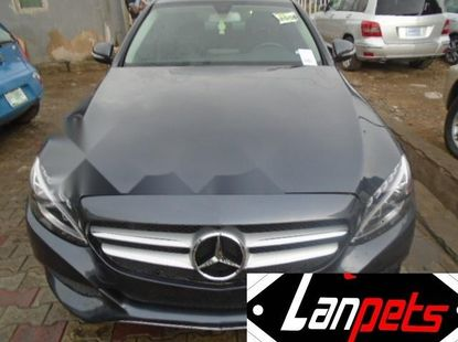 Extremely clean Mercedes-benz 4matic C300 2016 for sale