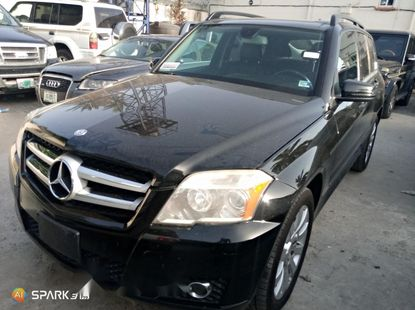 Foreign Used 2012 Black Mercedes-Benz GLK for sale in Lagos.