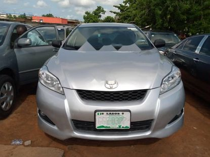 Naija Used 2009 Silver Toyota Matrix for sale in Lagos.