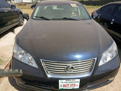 Foreign Used 2008 Black Lexus ES for sale in Abuja.
