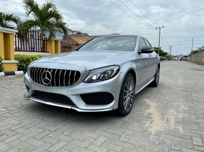 Foreign Used 2016 Mercedes-Benz C400 for sale in Lagos.